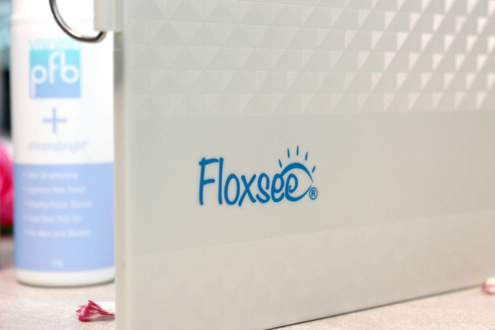 This is a close up of the Floxsee logo on the outside of one of the third mirrors.