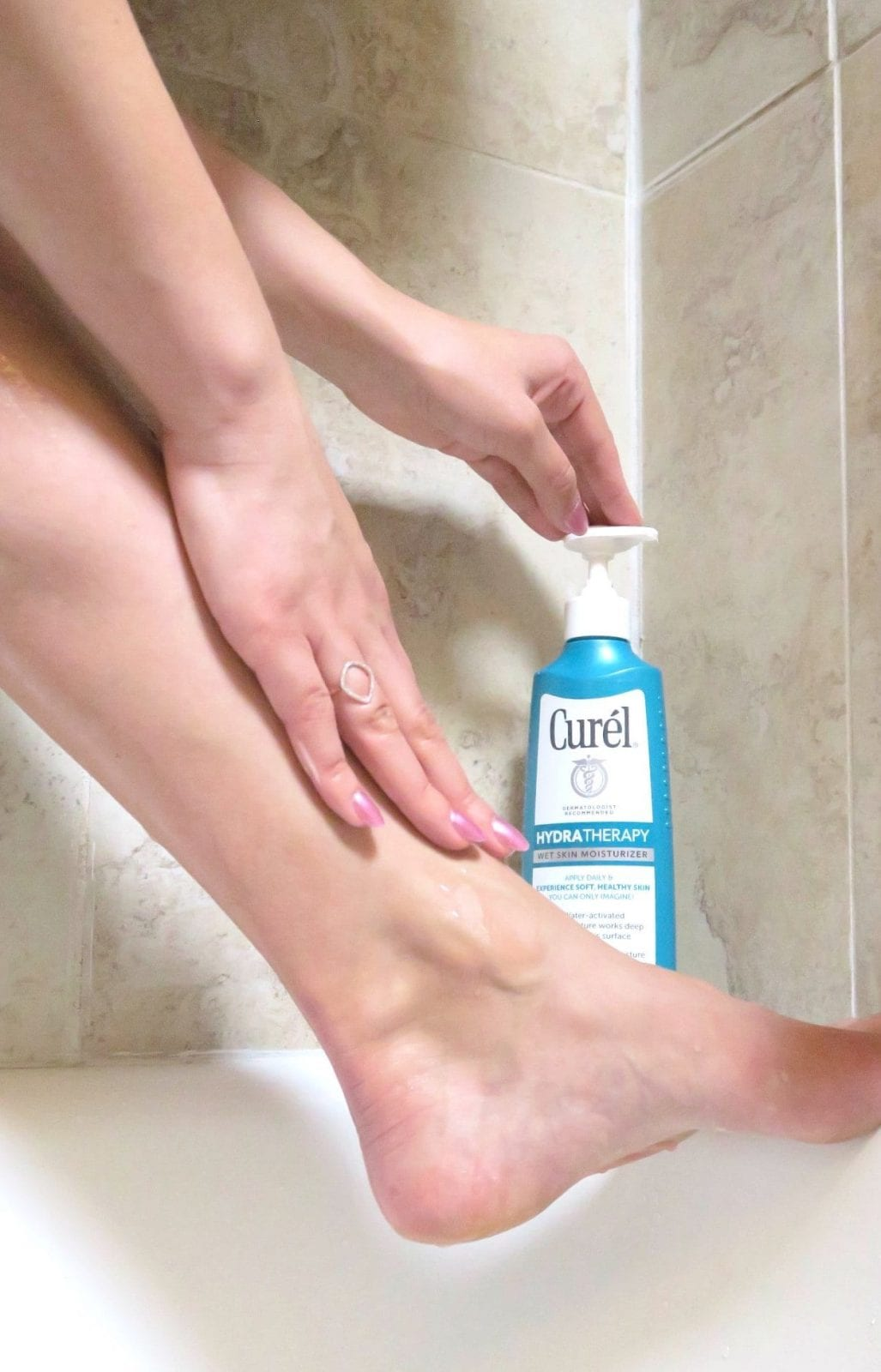 Demoing the Curel Wet Moisturizer